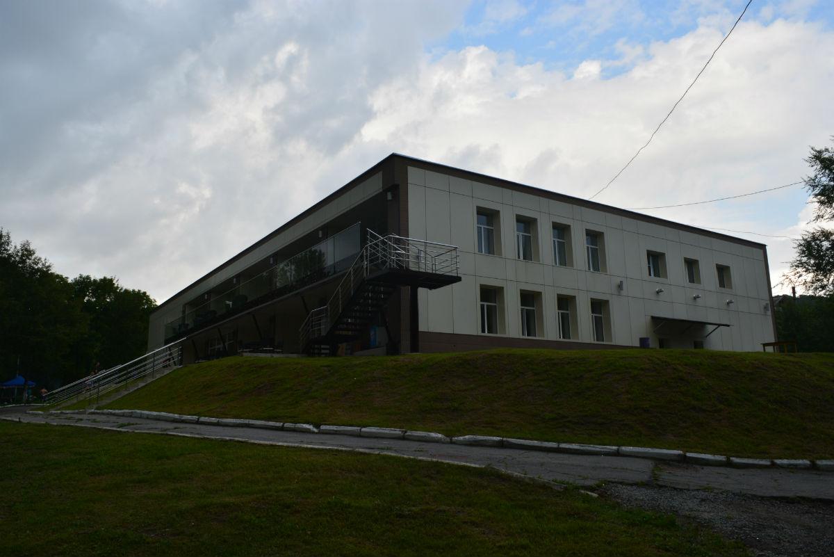экопарк Хабаровск залы, кафе, домики