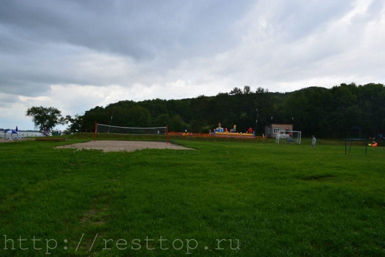 поле для волейбола база отдыха эко парк хабаровск