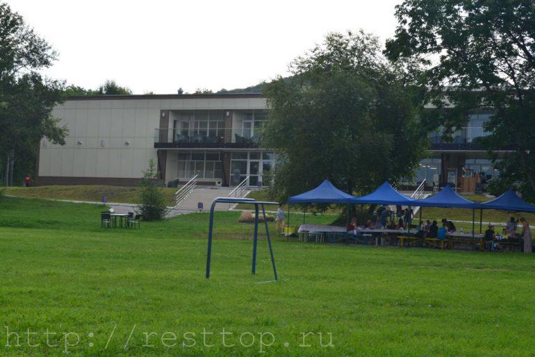 столики база отдыха эко парк Хабаровск
